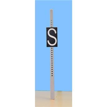 Panneau de signalisation fixe : commandement au mécanicien de siffler