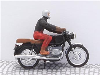 Motard éclairé - homme sur moto BMW