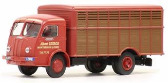 Panhard Movic bétaillère grands animaux  - Rouge brique et marron