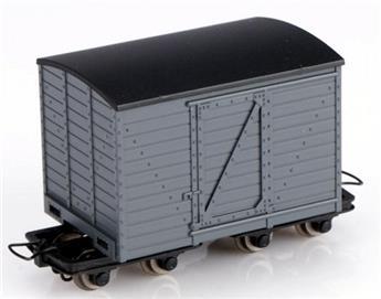 Petit wagon couvert gris