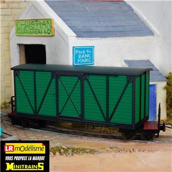 Wagon couvert vert pour chemin de fer de campagne
