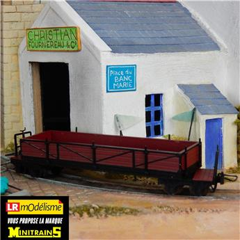 Wagon tombereau marron pour chemin de fer de campagne