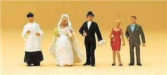 Curé, mariés et invités H0 - Preiser