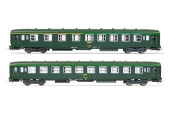 2 voitures DEV AO SNCF, livrée vert foncé, logo encadré jaune - A4c4/B5c5 - B10c10 - ép IV