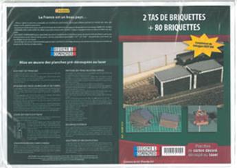 Tas de briquettes + 80 briquettes - N