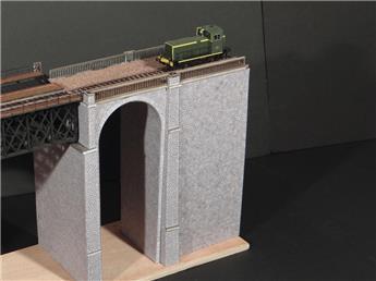 Viaduc maçonné pierres 2 culées d'extrémité - H0