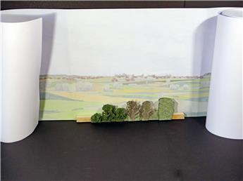 Fond de décor en relief, rideau d'arbres de premier plan