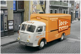Camion REE aux couleurs de Loco-Revue