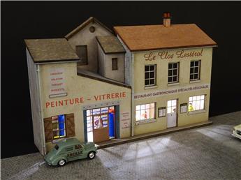 Fond de décor en relief 3 maisons avec restaurant