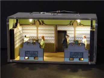 Grande boutique aménagée et éclairée « Pharmacie »