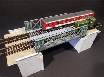 Pont à treillis voie unique/double droit/biais, culées en pierres rectangulaires