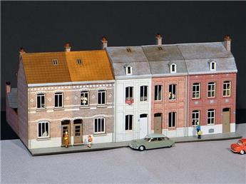 Alignement de 5 Maisons du Nord